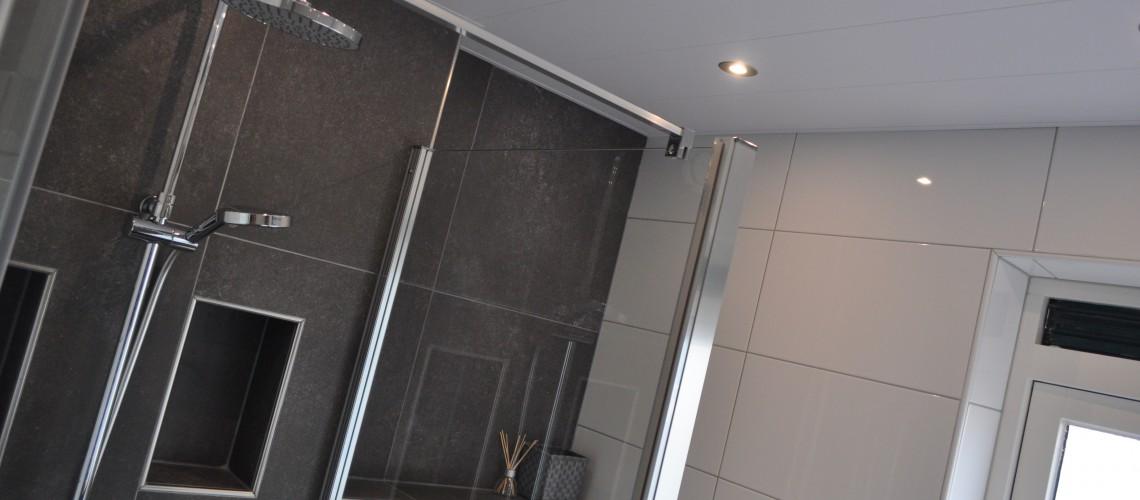 Badkamer en toilet | Bouwbedrijf J. Koster vof Hoogeveen | nieuwbouw ...